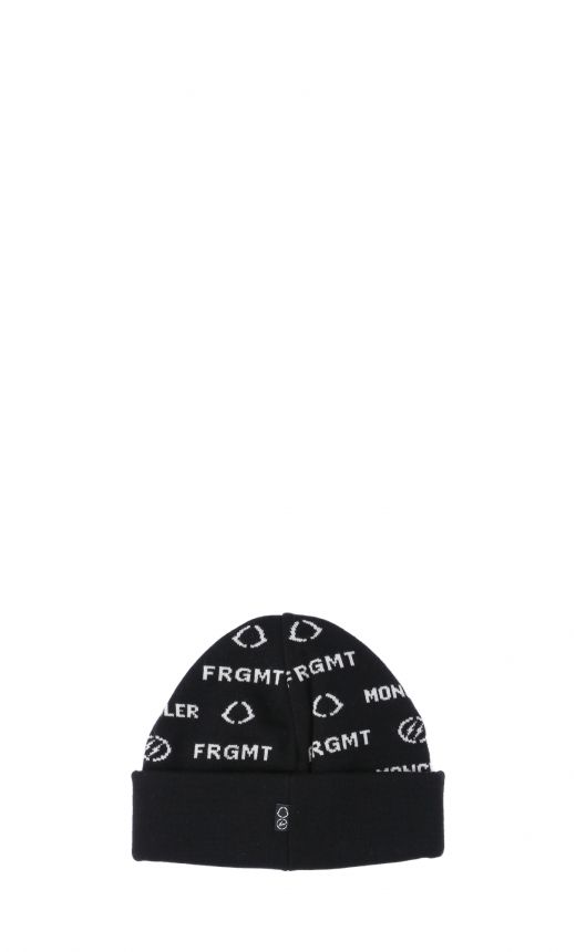 Cappello logo all-over